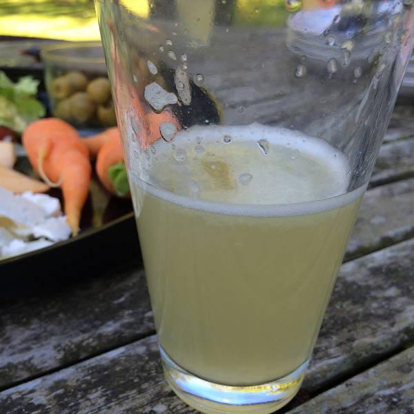 glas med ingefær drik